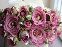 Cutie cu trandafiri 01