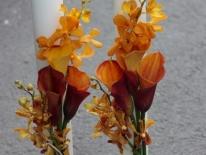 Lumanari flori pe o parte